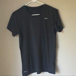 Nike Dri-Fit Women's Shirt Size Large